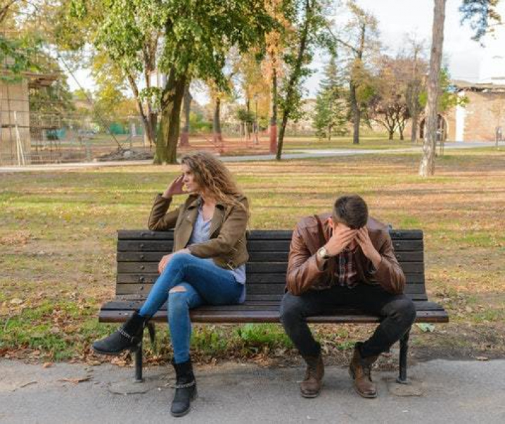 How to know if Virgo man is pushing you away